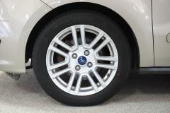 Ford-Tourneo-9