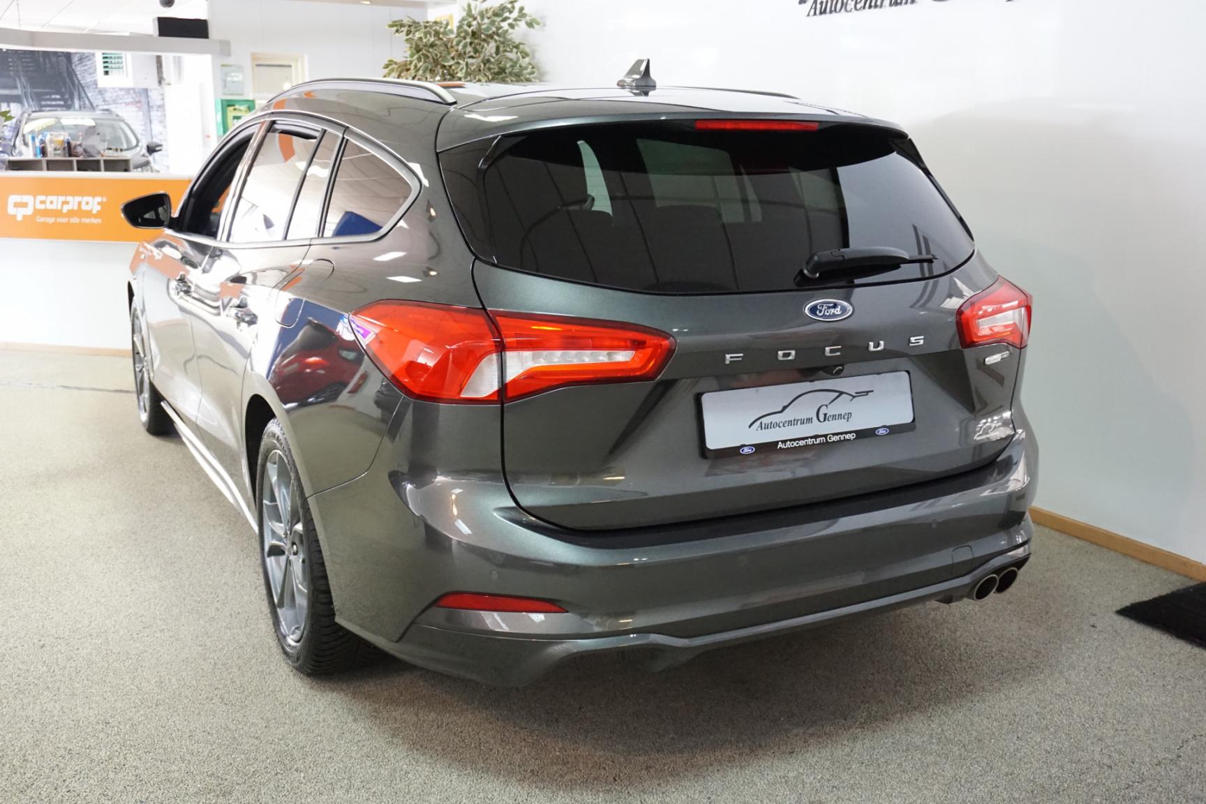 Ford-Focus-14
