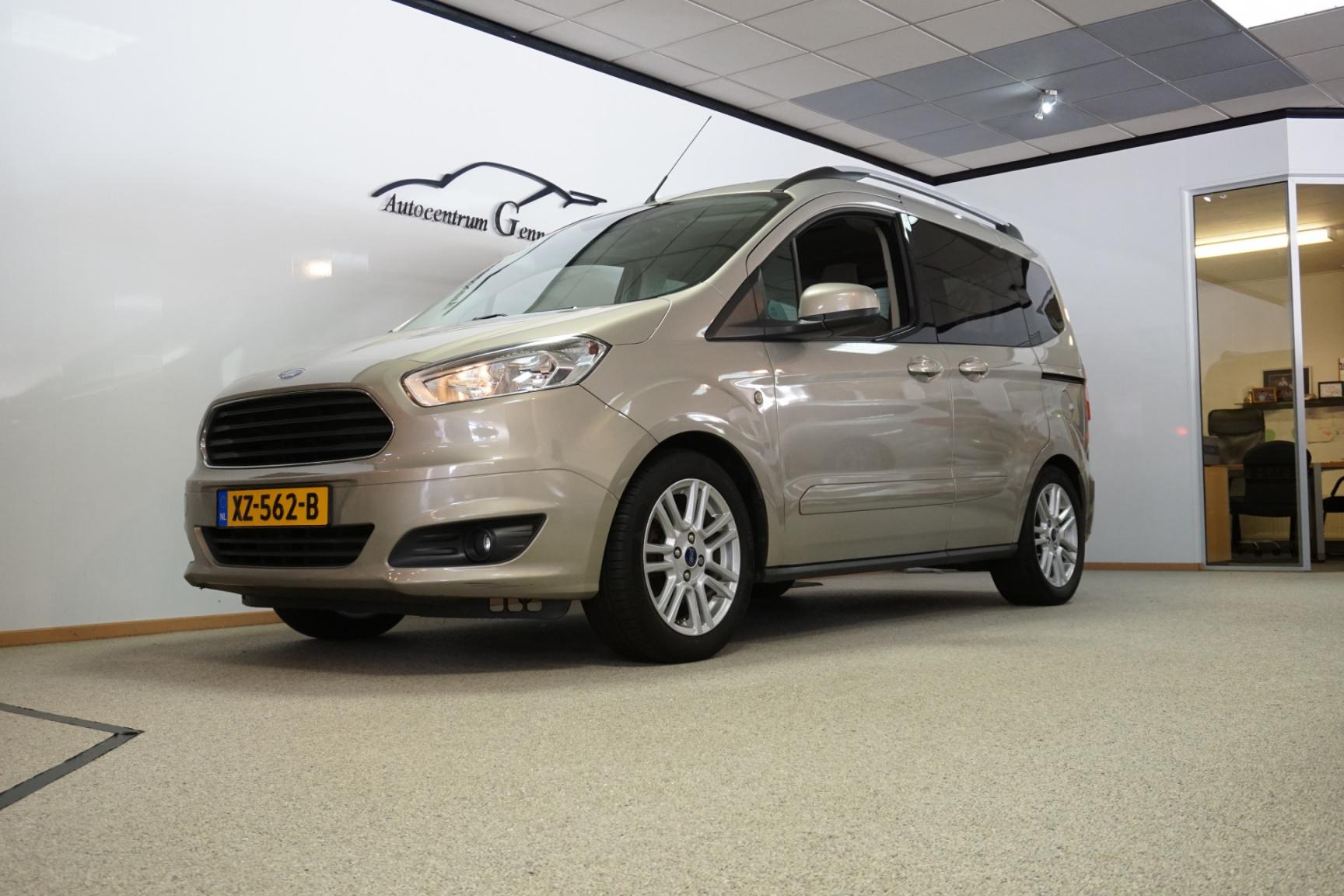 Ford-Tourneo-17