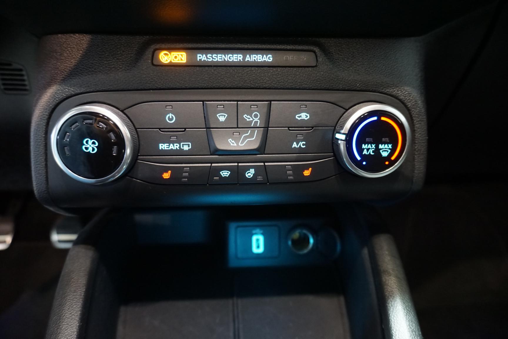 Ford-Focus-27