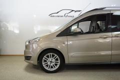 Ford-Tourneo-11