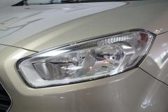 Ford-Tourneo-7