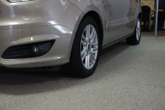 Ford-Tourneo-8